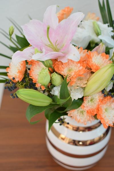アニバーサリーベースと花