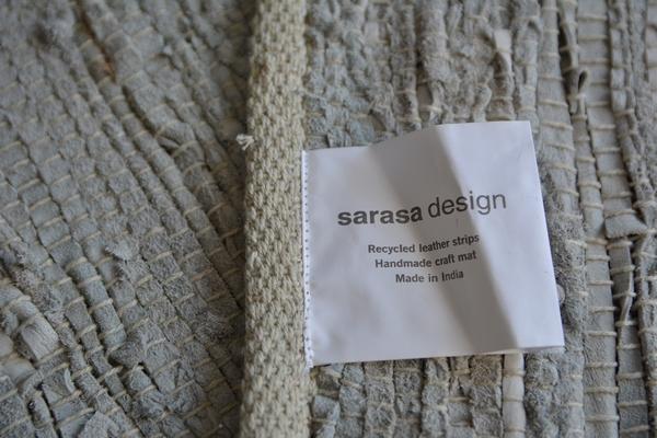 sarasa design store レザーチンディ ランナーL グレー