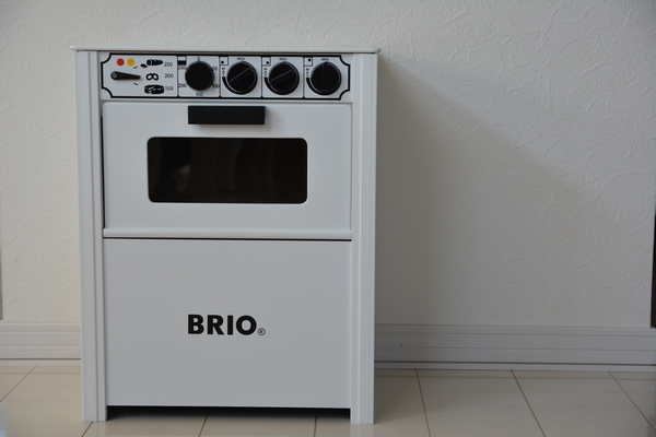かわいい♪ブリオのキッチン 色は白!