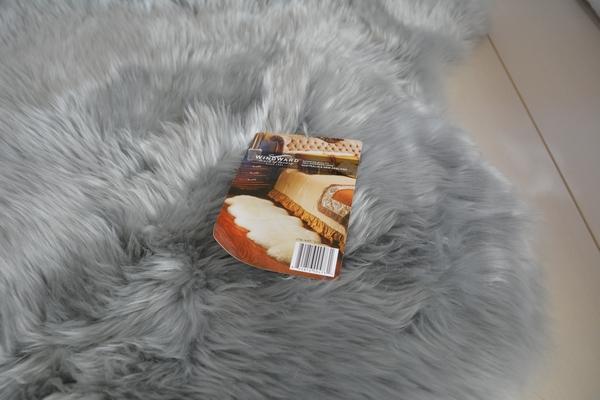 【コストコ】欲しかったグレーの大きいムートンラグをゲット!