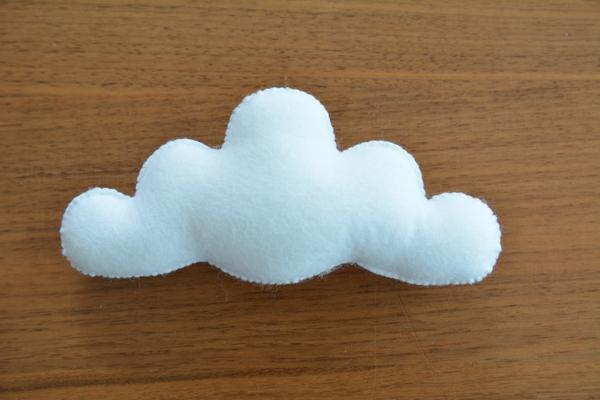 フエルトモビール 雲